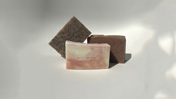 THE BENEFICIAL QUALITIES OF SOAP BARS